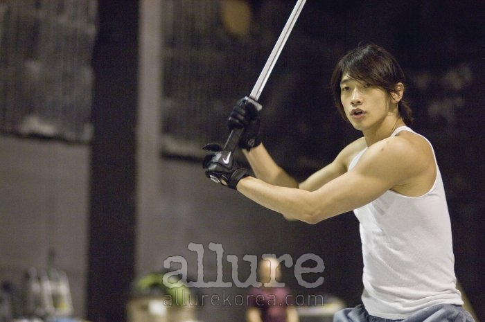 112409 Rain Ninja Assassin Allure Magazine Korea Dec Issue